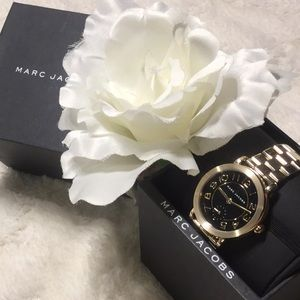 🆕NWT 100% Marc Jacobs Riley Gold Link Watch
